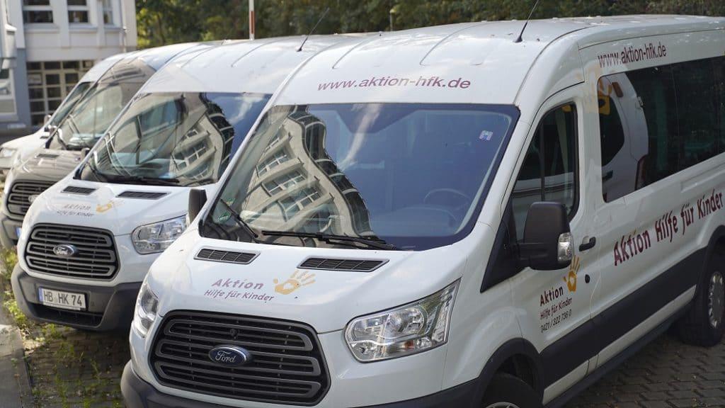 Aktionsbusse von Aktion Hilfe für Kinder.